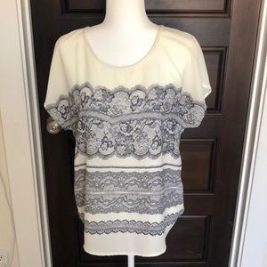 Tops - 41 Hawthorne faux lace blouse. Lightweight